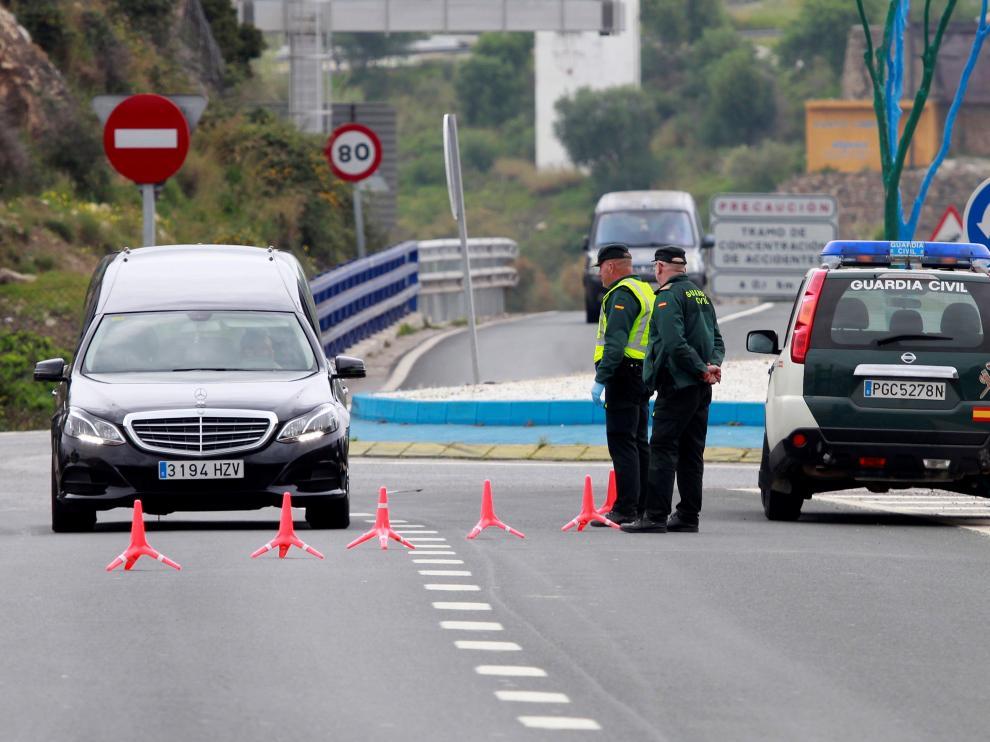 Controles de movilidad de la Guardia Civilen Algeciras (Cádiz)
