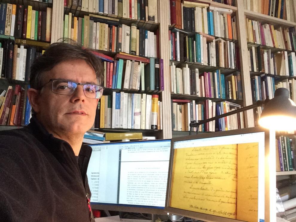 Diálogos en cautividad. Pedro Rújula.
