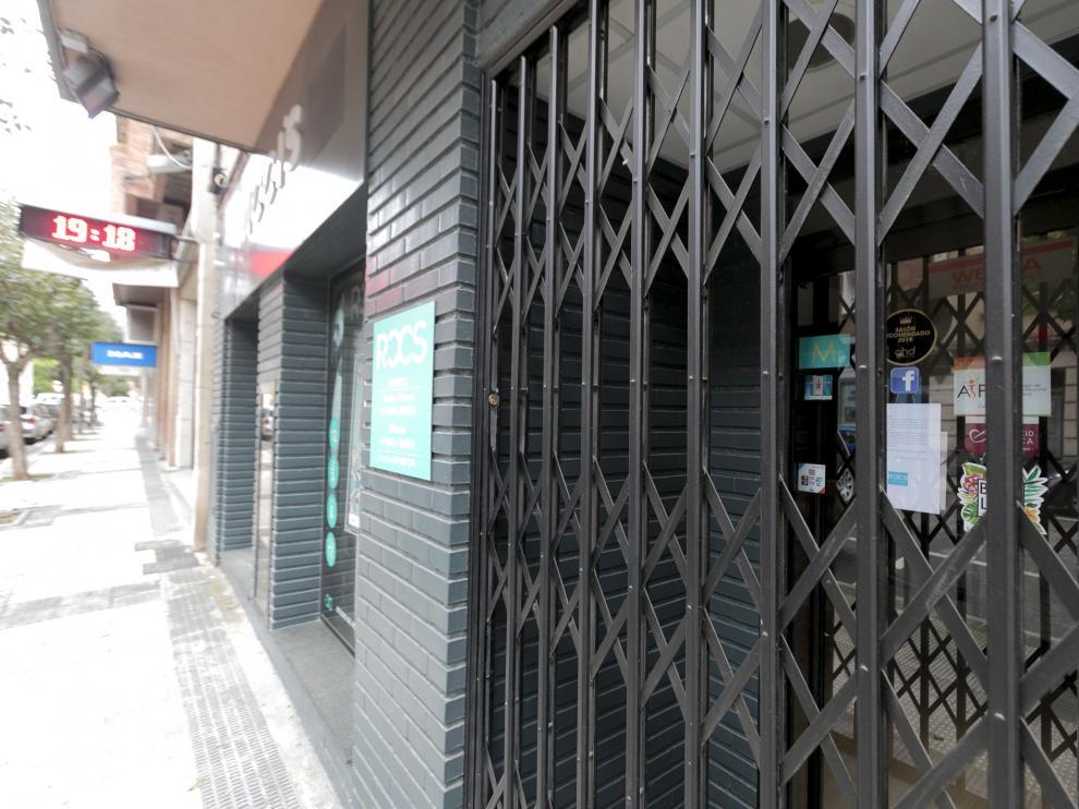 Comercio de Huesca cerrado por el estado de alarma.