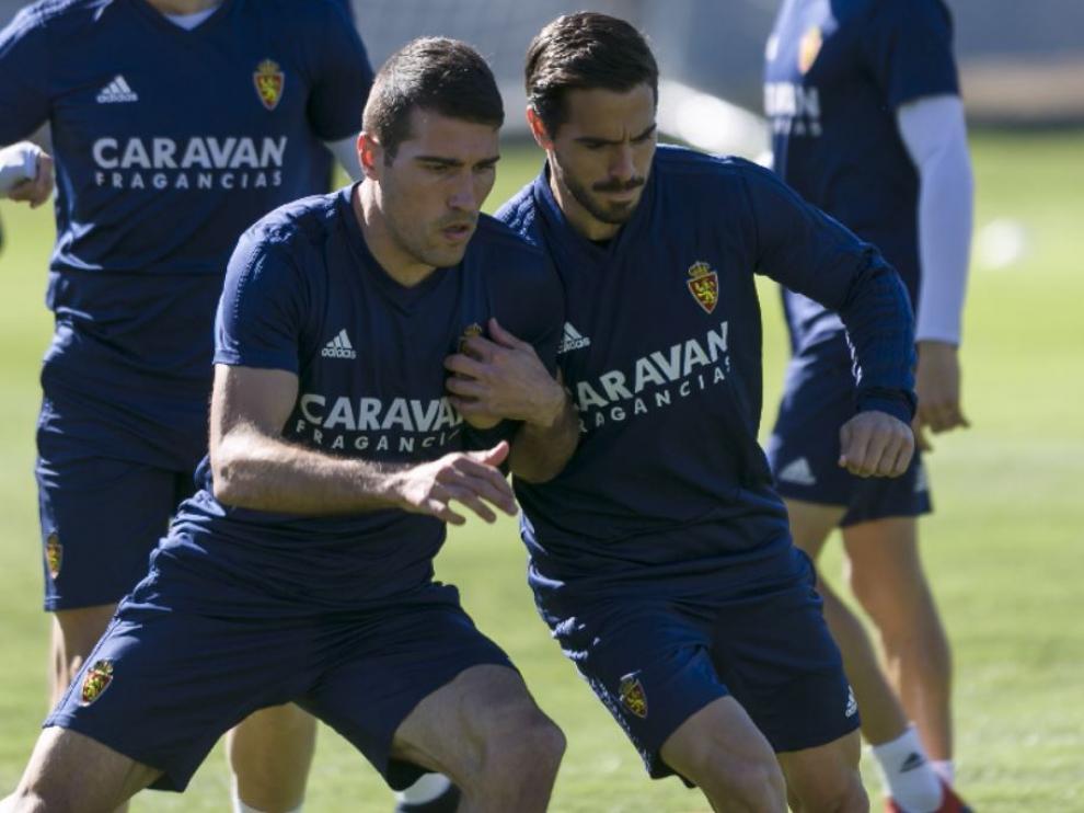 Zapater y Ros, juntos en un entrenamiento del Real Zaragoza meses atrás.