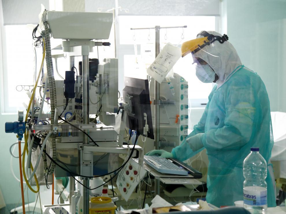 Así funciona el hospital Miguel Servet en la crisis del coronavirus