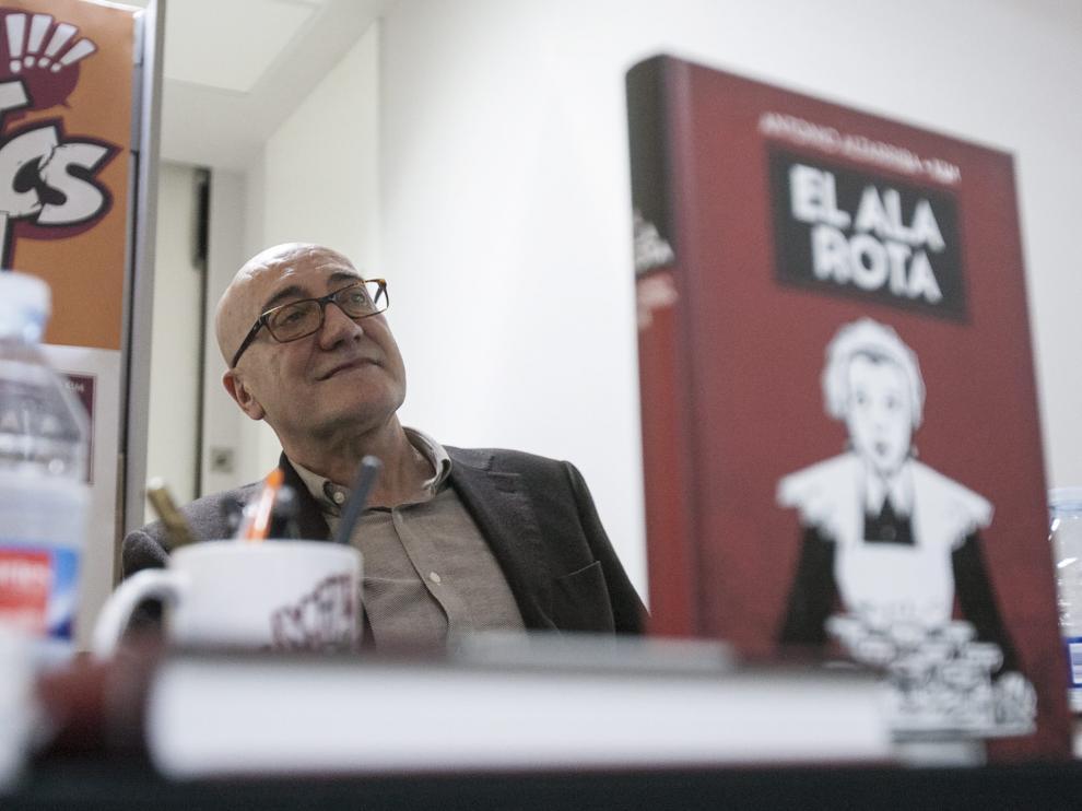 Antonio Altarriba habla de reclusión, cómics y erotismo.