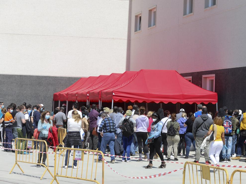 Test de coranovirus en Litera Meat en Binefar / 25-04-2020 / Foto Rafael Gobantes [[[FOTOGRAFOS]]]
