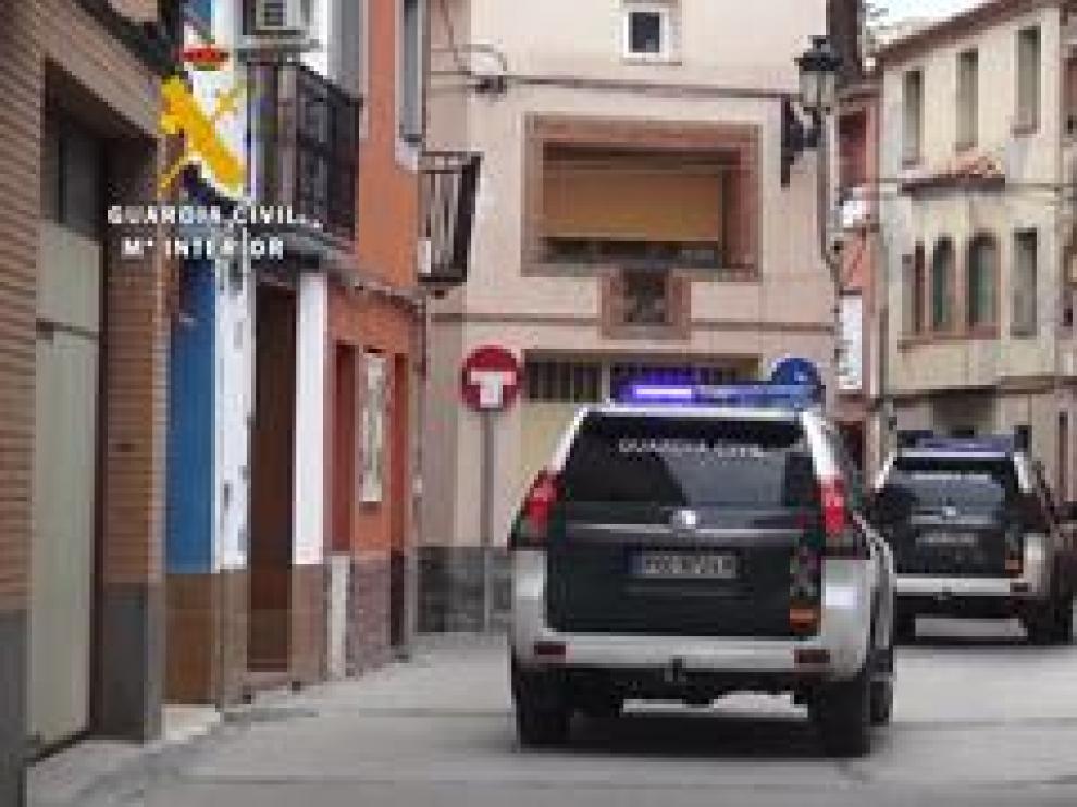 Imágenes de ayer durante la vigilancia con agentes del grupo de reserva y seguridad (GRS) con base en Casetas.