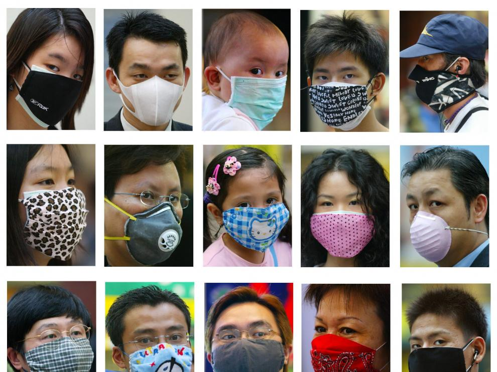 A combination photograph shows fashionable masks worn by people in Hong Kong to protect themselves against the Severe Acute Respiratory Syndrome (SARS) in this April 2, 2003 file photo. Residents of Hong Kong, always quick to spot a fashion trend, are turning to colourful surgical masks to beat the blues as a deadly virus stalks the territory. Facewear in psychedelic colours, bold prints and even polka dots are increasingly seen on the streets, in the subway and in offices as residents try to ease the daily strain of living behind a mask. REUTERS/Kin Cheung/Bobby Yip/Files [[[HA ARCHIVO]]] ODD HEALTH PNEUMONIA FASHION