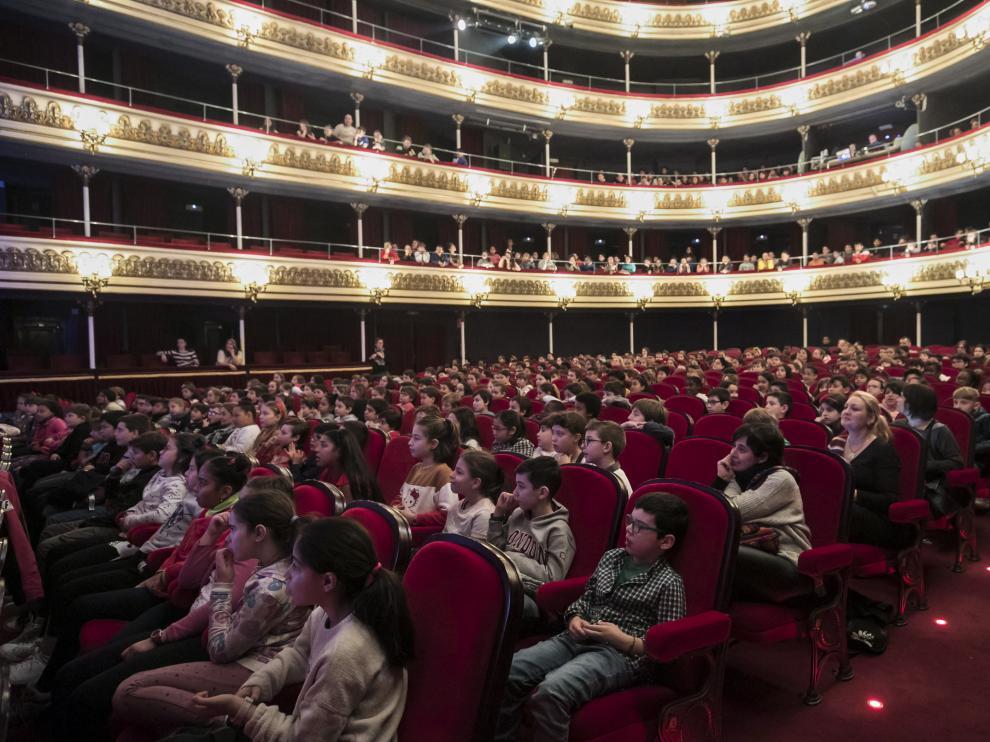 El Teatro Principal de Zaragoza se llenó el pasado febrero para la XIX Jornadas de Introducción a la Danza. Podrá reabrir pronto, pero con el aforo limitado.