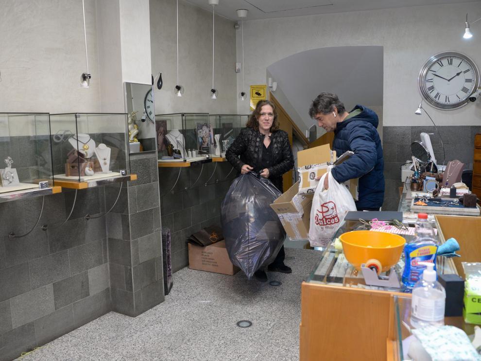 El comercio en Teruel cerrado por el coronavirus se prepara para abrir /2020-04-29/ Foto: Jorge Escudero [[[FOTOGRAFOS]]]