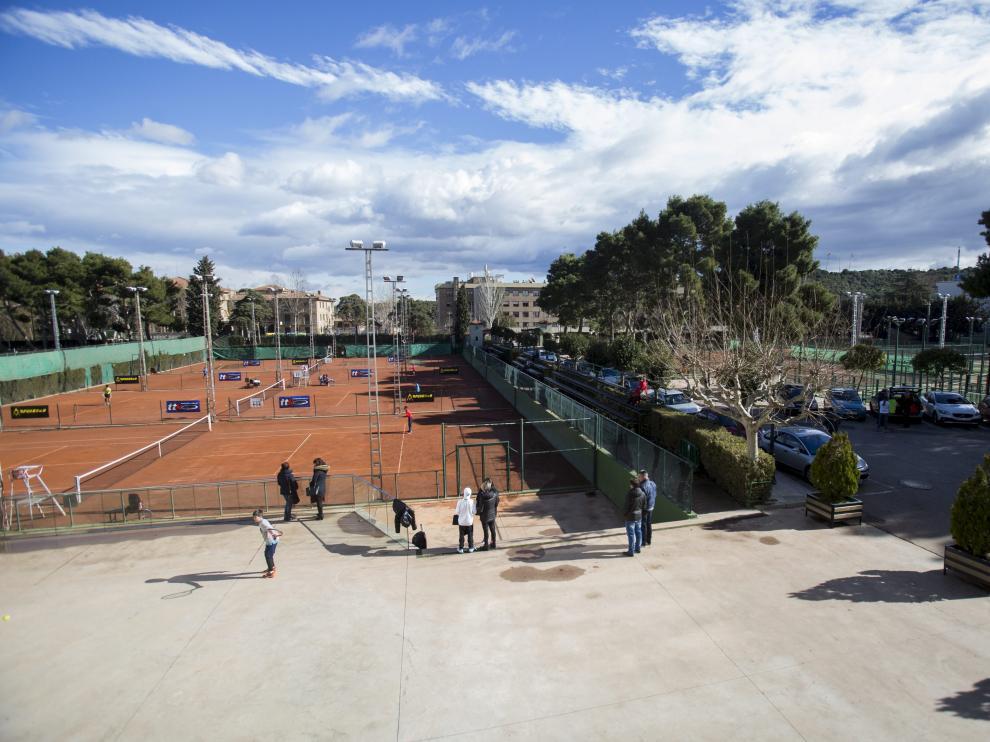 Pistas de tenis del Stadium Casablanca.