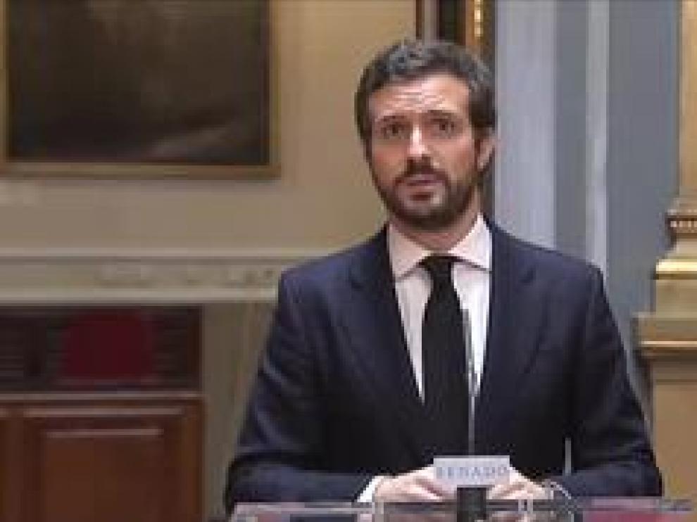 """El líder del PP reprocha a Sánchez que no haya pactado con nadie su plan de desescalada que califica de """"caos"""""""