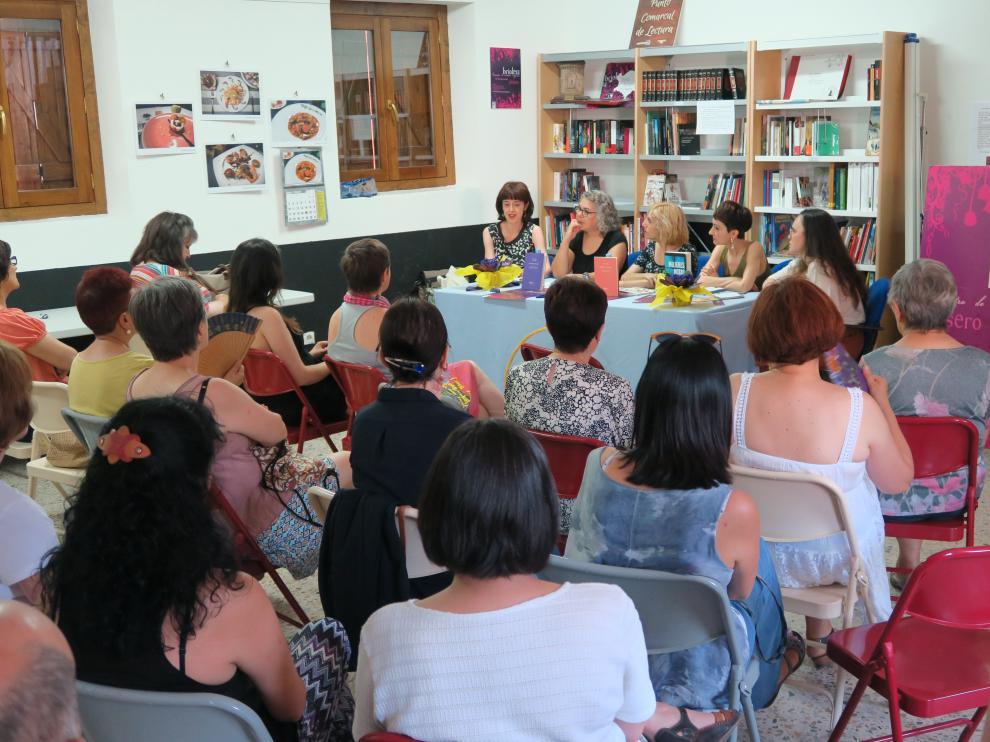 Imagen de uno de los encuentros de escritoras aragonesas de Yésero.