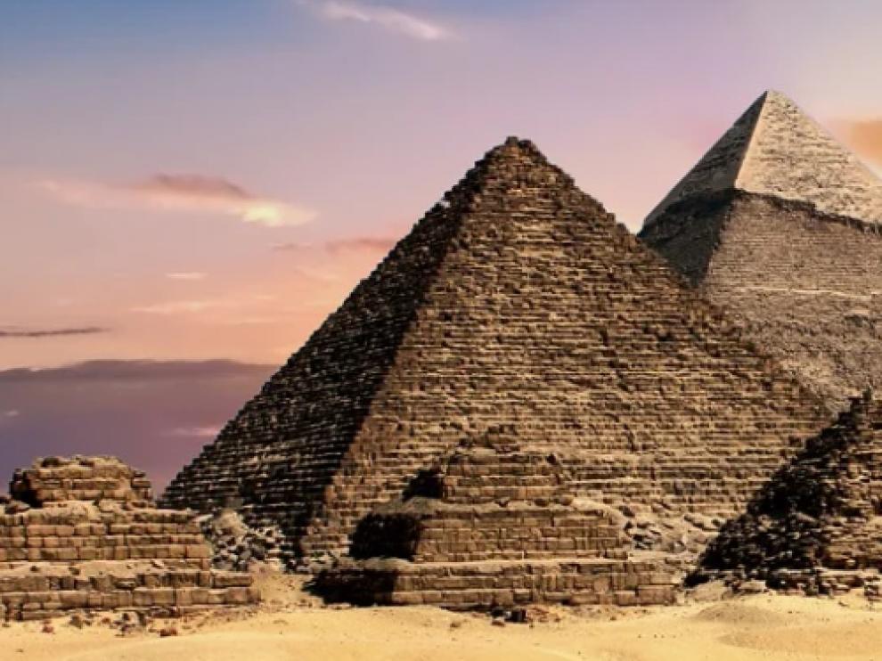 Pirámides egípcias.