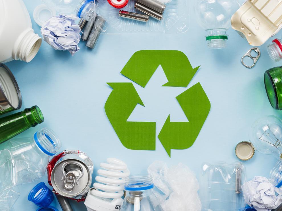 Un menor consumo y una gestión más eficaz de los residuos son dos aspectos fundamentales para preservar el medioambiente.