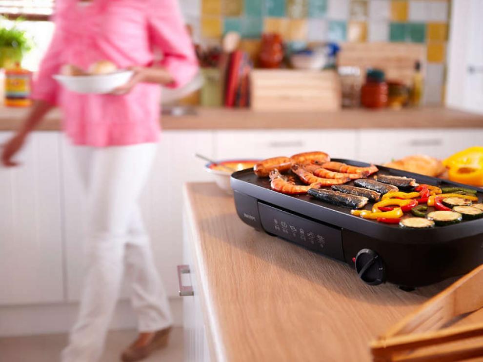 Este 'gadget' de Philips permite cocinar a la plancha y a la parrilla.