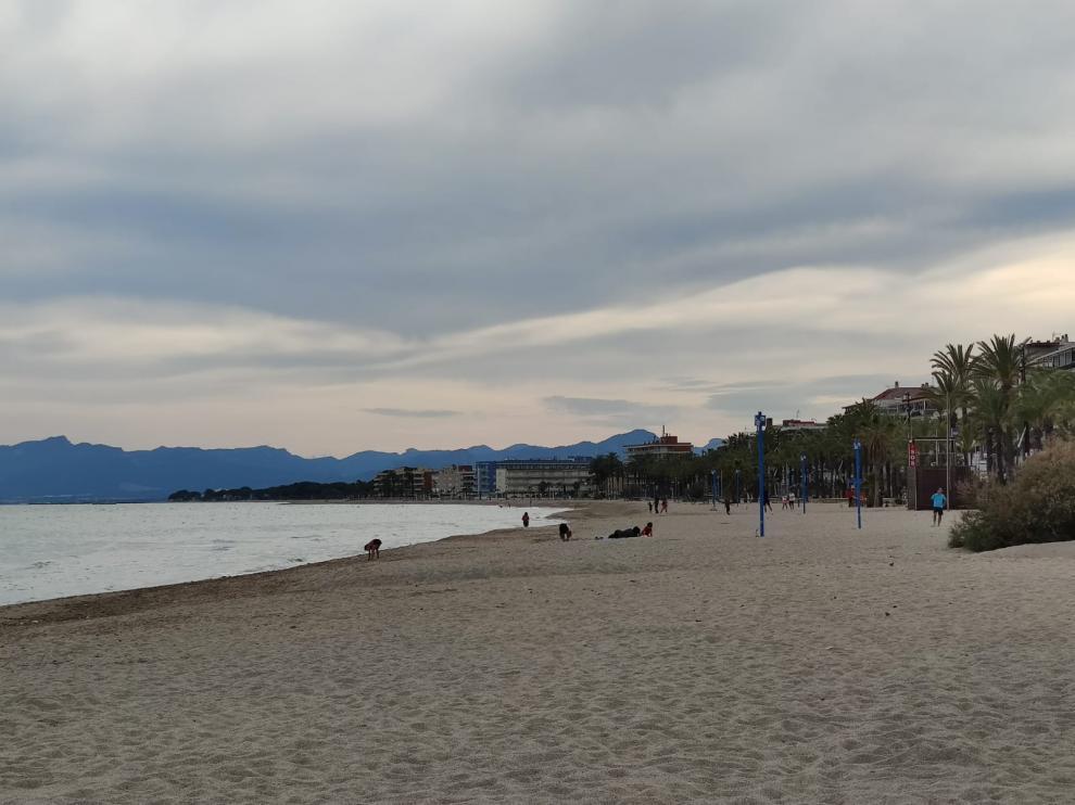 Playa de Ponent, en Salou, este jueves.