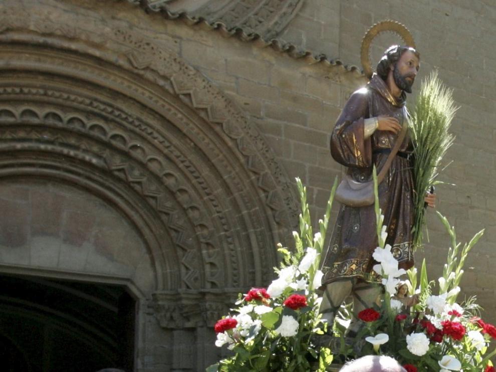 Imagen de San Isidro en una de las romerías que se celebran cada 15 de mayo en Aragón.
