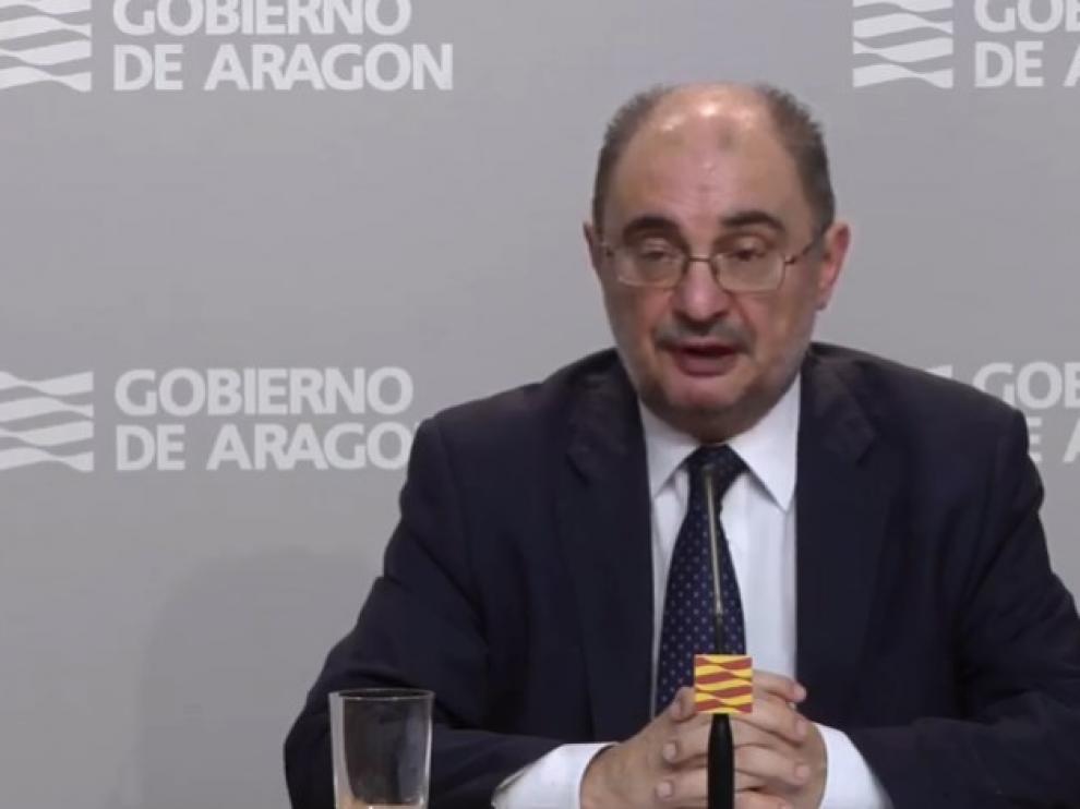 Javier Lambán, en rueda de prensa este domingo.