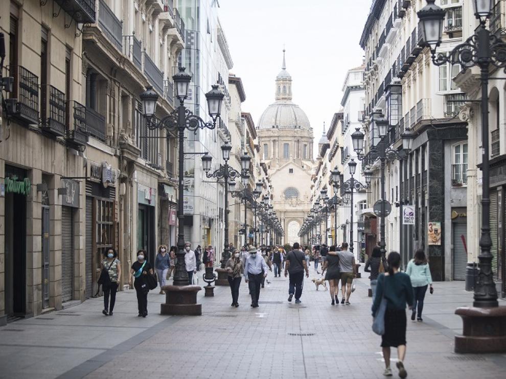 La calle Alfonso de Zaragoza en plena fase 1 de la desescalada