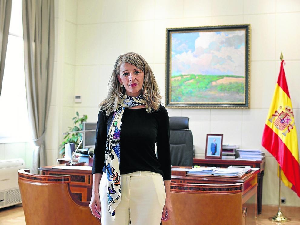 La ministra de Trabajo Yolanda Díaz, en su despacho.