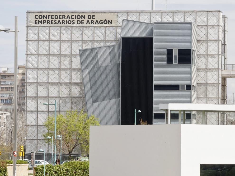 Sede Edificio de la patronal aragonesa CEOE.