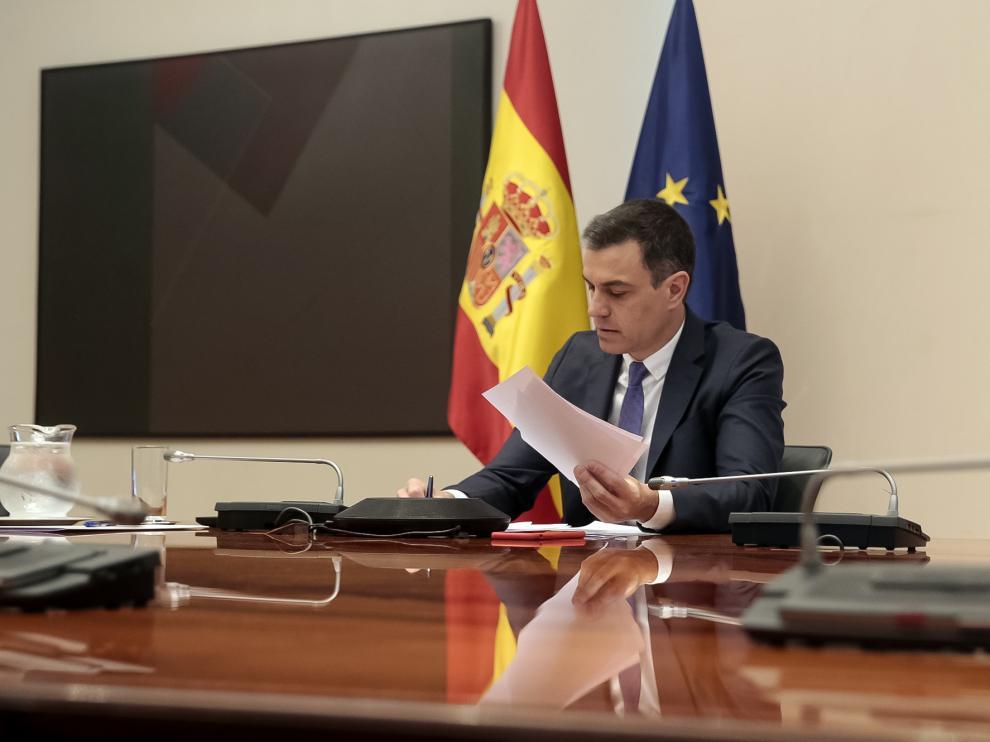 Pedro Sánchez en la reunión de este domingo con los presidentes autónomicos por videoconferencia.