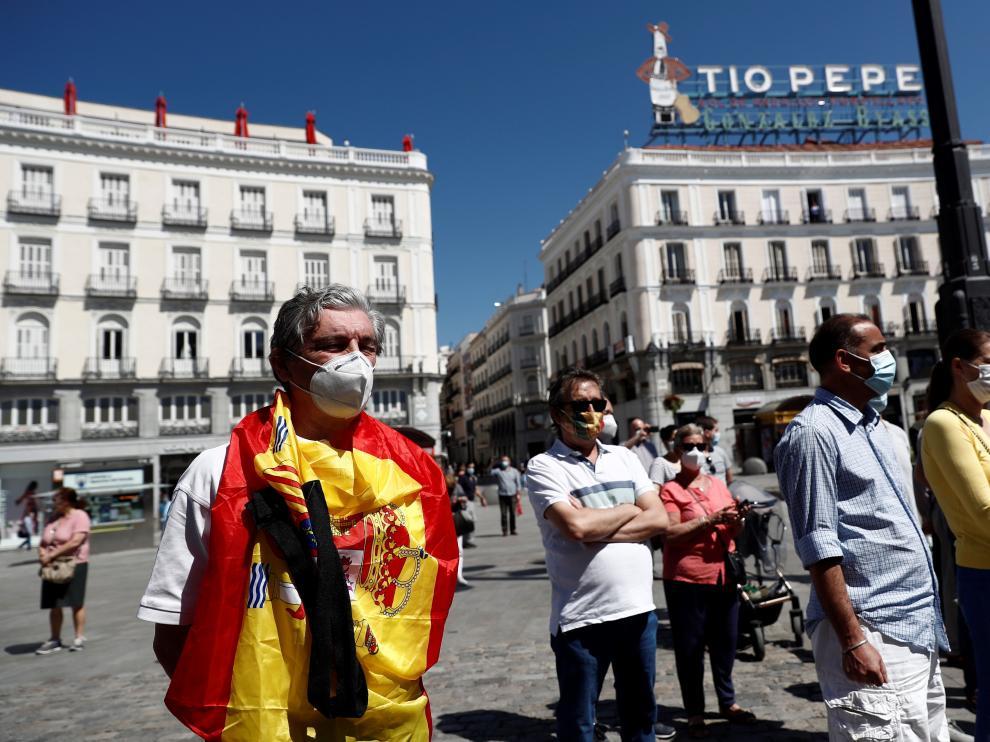 Minuto de silencio en la Puerta del Sol de Madrid