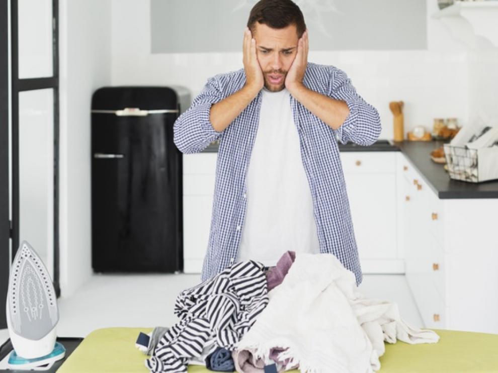 La colada suele precisar un toque de plancha antes de guardar la ropa en el armario.