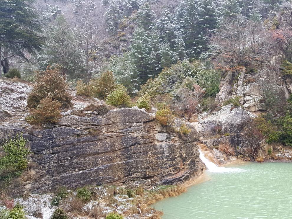 El Ayuntamiento de Luesia prohíbe bañarse en el pozo Pígalo y el río Arba