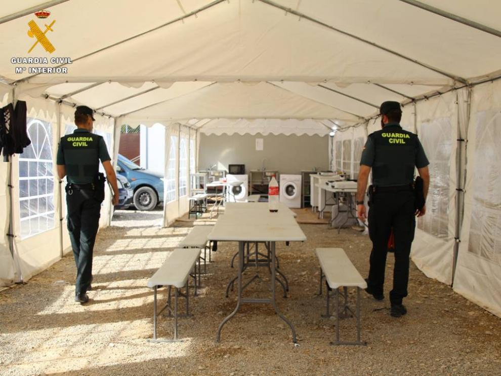 La Guardia Civil vela por el cumplimento de los ERTE en el campo.