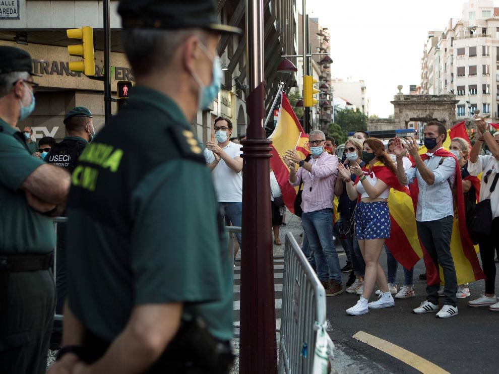 Concentración en Zaragoza, donde también se han dado cita.