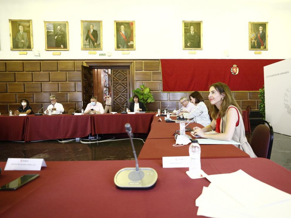 Zaragoza consensúa medidas para luchar contra el covid