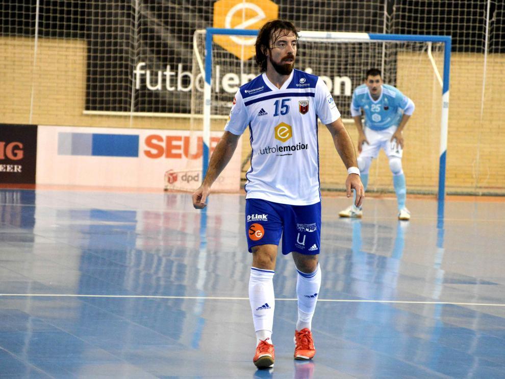 Nano Modrego durante un encuentro con el Fútbol Emotion Zaragoza.