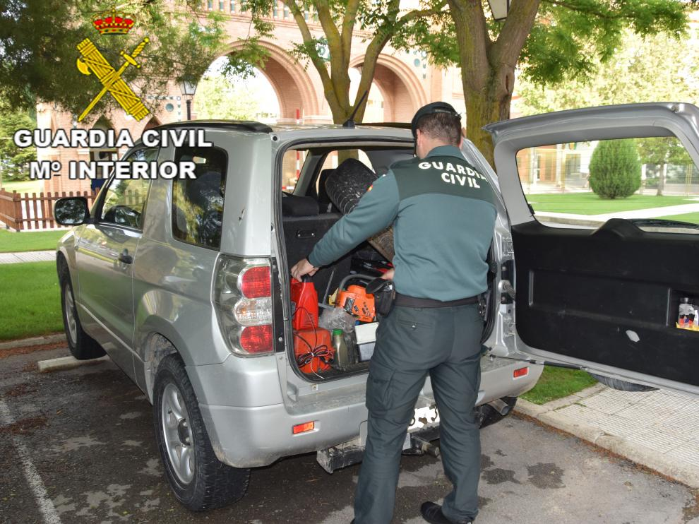 La Guardia Civil de Teruel detiene en Villel al presunto autor de varios delitos de robo ocurridos en Ascó (Tarragona)