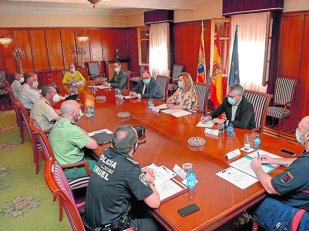 Pilar Alegría agradeció a las fuerzas de seguridad y a los bomberos su trabajo durante la pandemia.