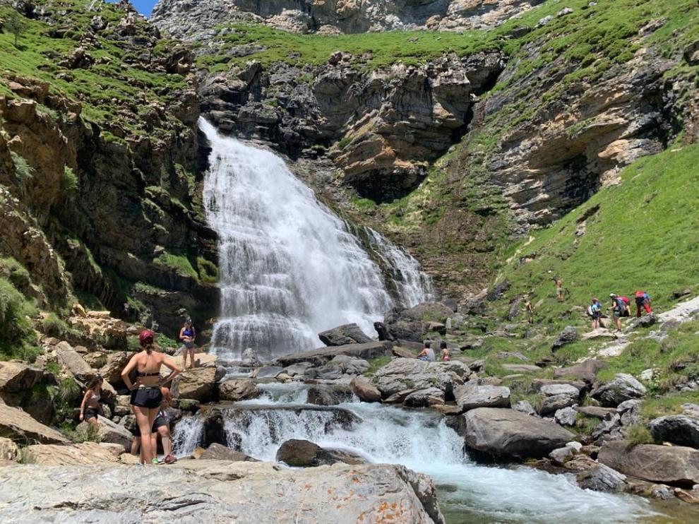 La cascada de la Cola de Caballo, el pasado lunes, en el Parque de Ordesa.