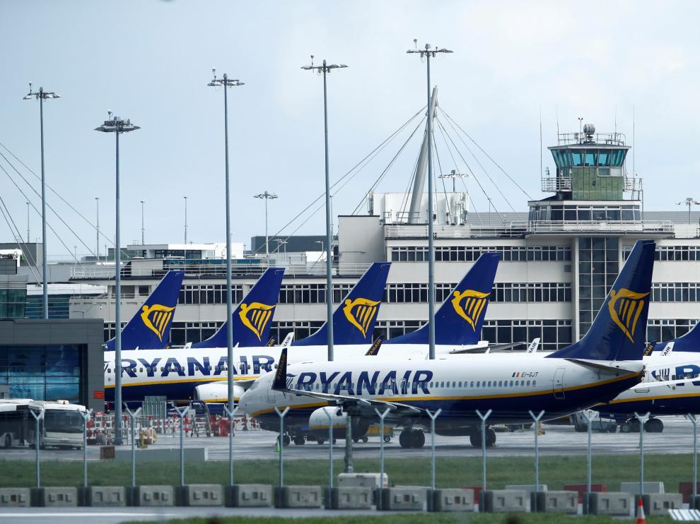 Aviones de Ryanair en el aeropuerto de Dublín.