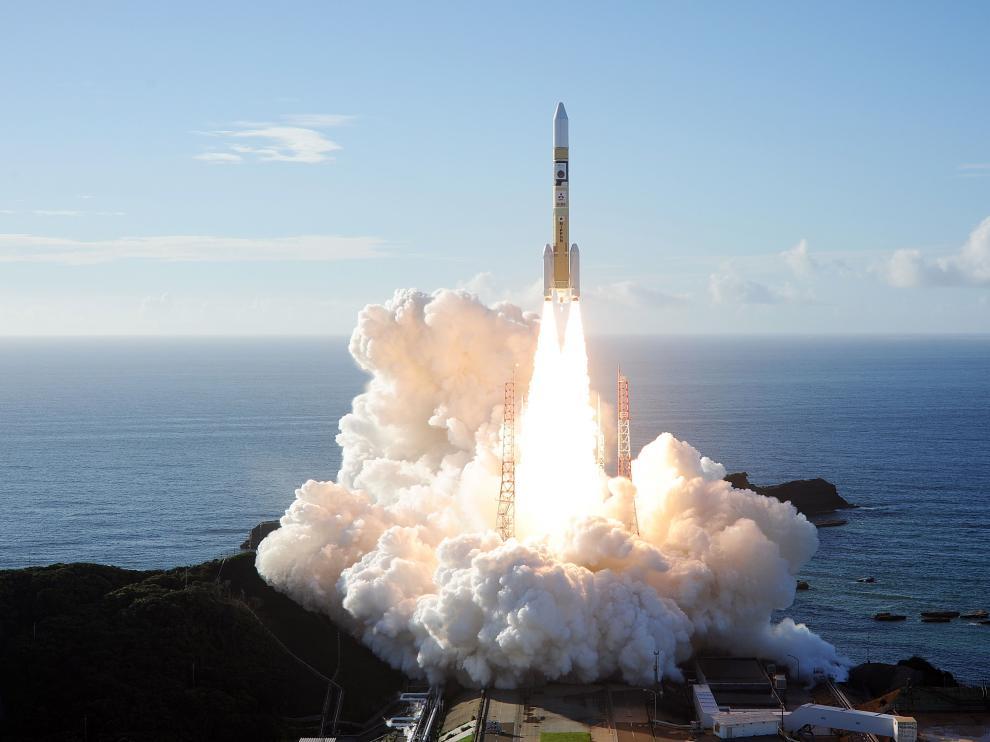 El lanzamiento del cohete de Mitsubishi Heavy Industries con la sonda 'Hope'