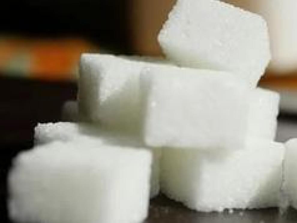 Sacarina, azúcar moreno, azúcar de caña, estevia... las formas de endulzarnos son diversas, pero ¿Hay alguna mejor que otra? ¿Cuáles son las ventajas y los inconvenientes de cada una de ellas? Te lo contamos.