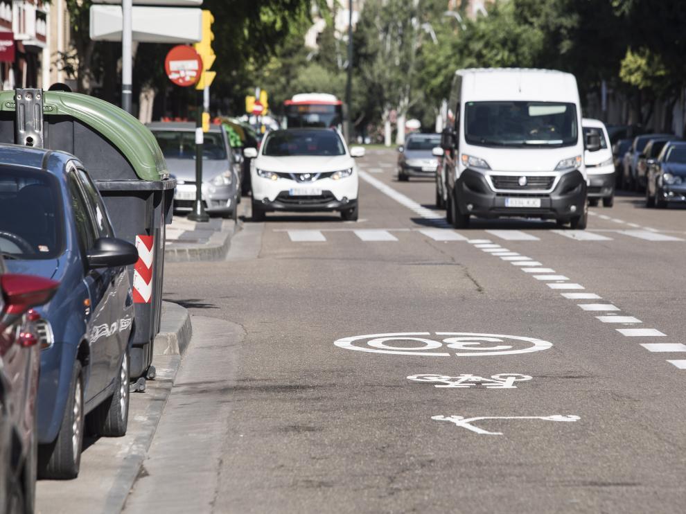 Imagen del ciclocarril de la avenida de La Almozara.