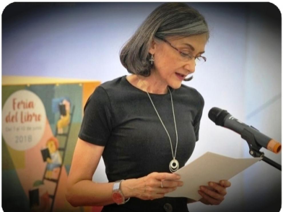 María Dubón publica 'La muerte es el principio'.