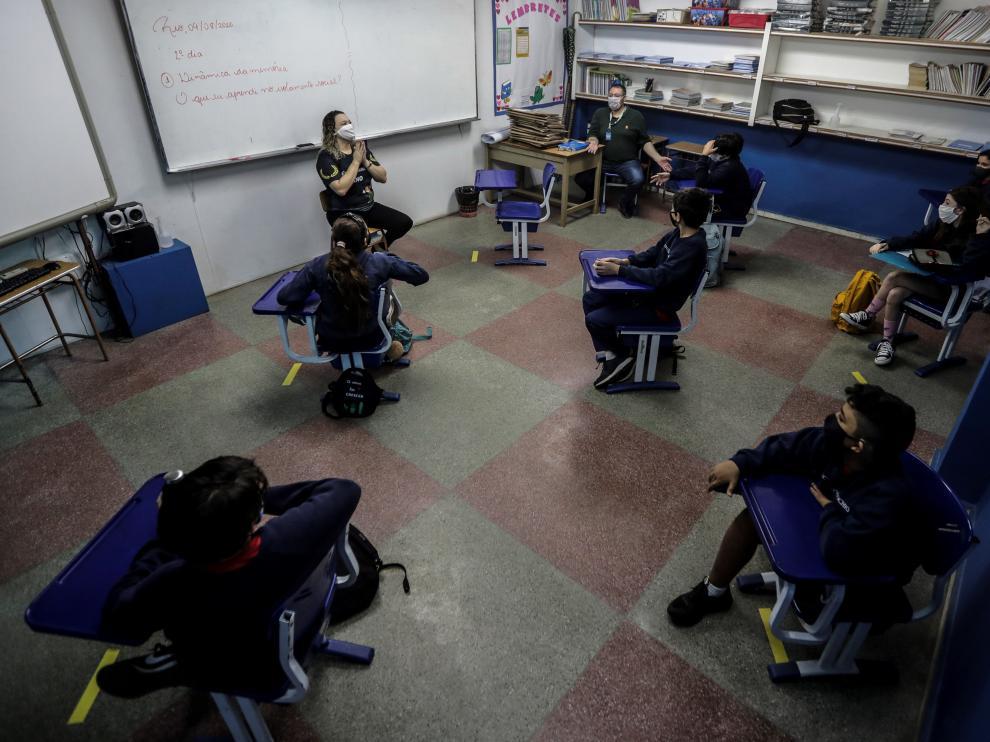 Regreso de las escuelas en medio de la pandemia del coronavirus en Río de Janeiro