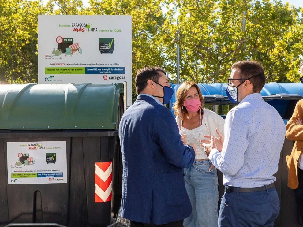Campaña para frenar la acumulación de basura en los contenedores