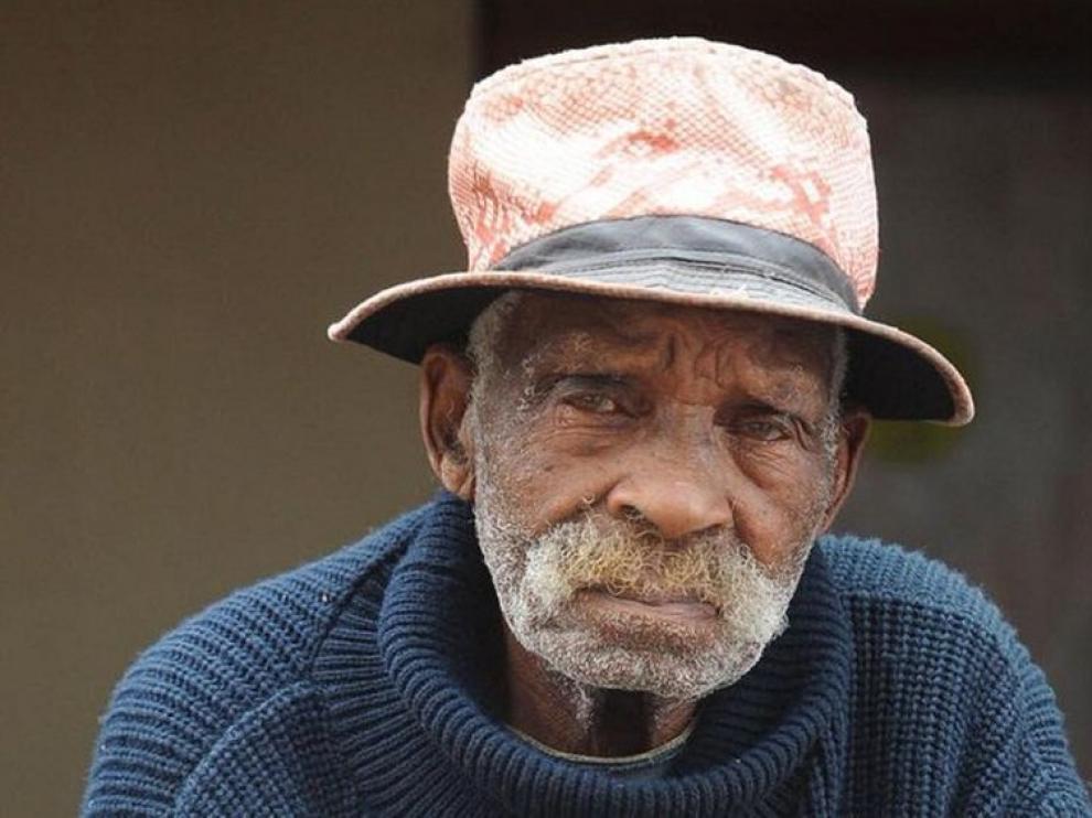 Muere a los 116 años en Sudáfrica Fredie Blom, uno de los hombres más viejos del mundo.