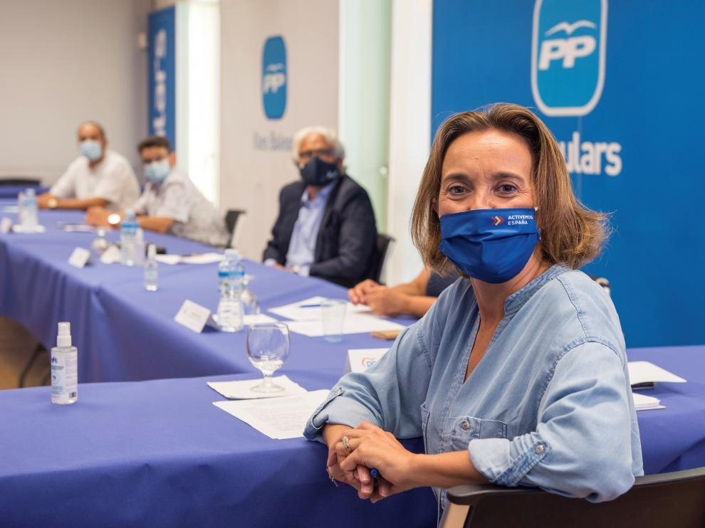 Cuca Gamarra en un acto del PP balear con representantes del sector educativo, el viernes en Palma de Mallorca.