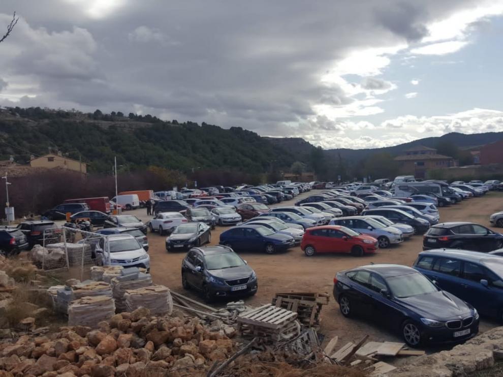 El aparcamiento se queda pequeño, sobre todo los fines de semana.