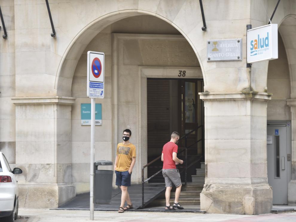 El centro de salud Santo Grial de Huesca notificó el domingo 19 casos.