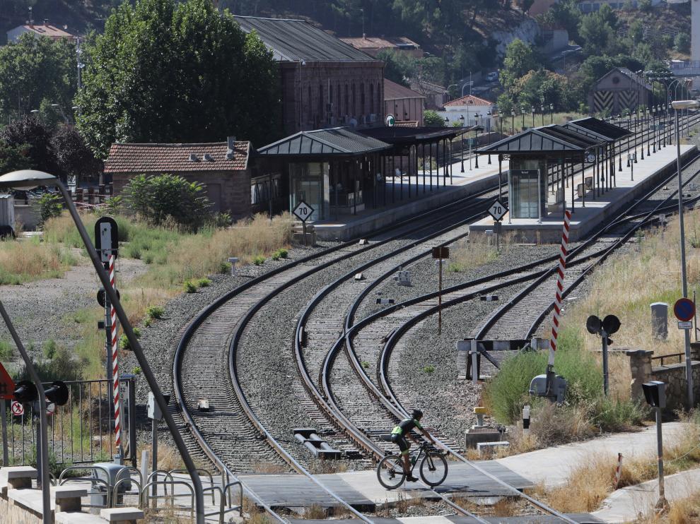 Teruel Existe aboga por sacar el tráfico de mercancías de la estación actual.