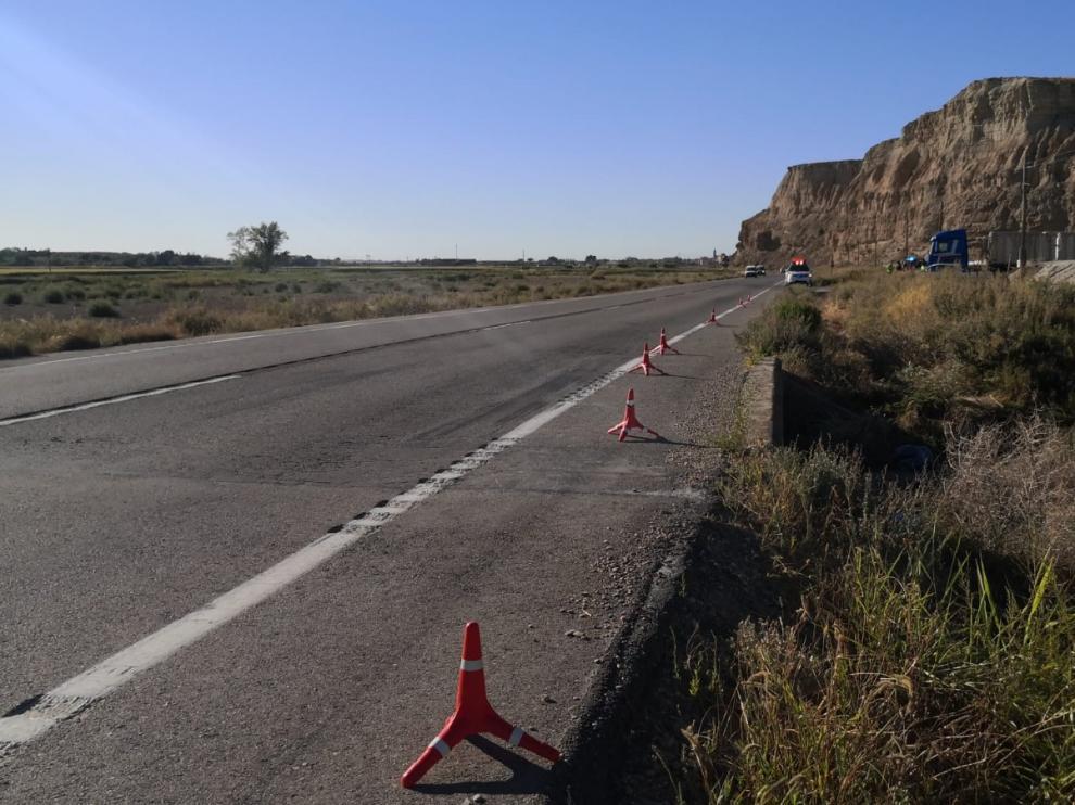 La moto que conducía el fallecido, un vecino de Pinseque de 30 años, se ha salido de la vía en la A-126, dentro del término municipal de Alagón.