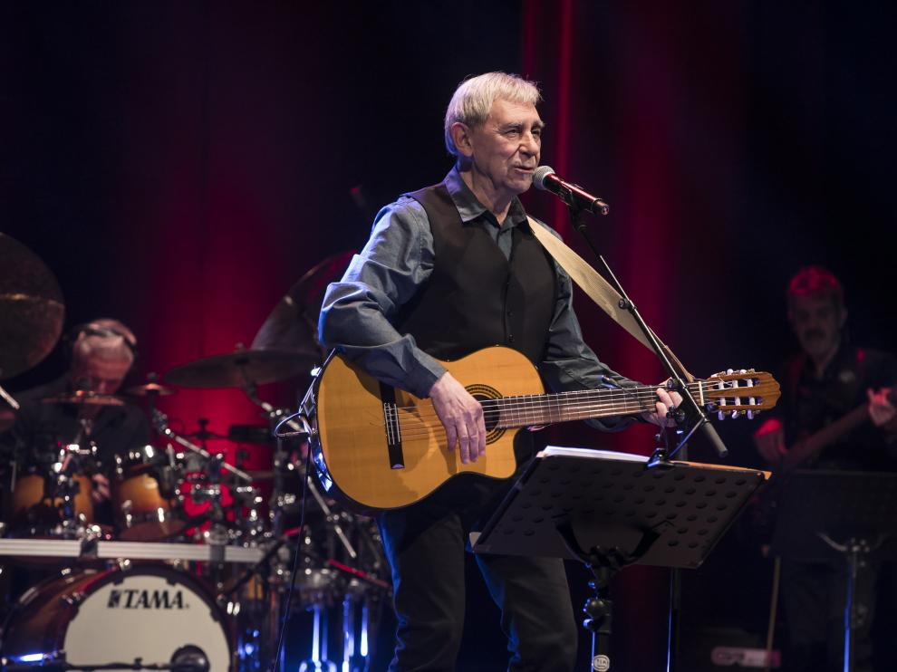 Joaquín Carbonell, el pasado diciembre de 2019 en su concierto de los 50 años en la música.