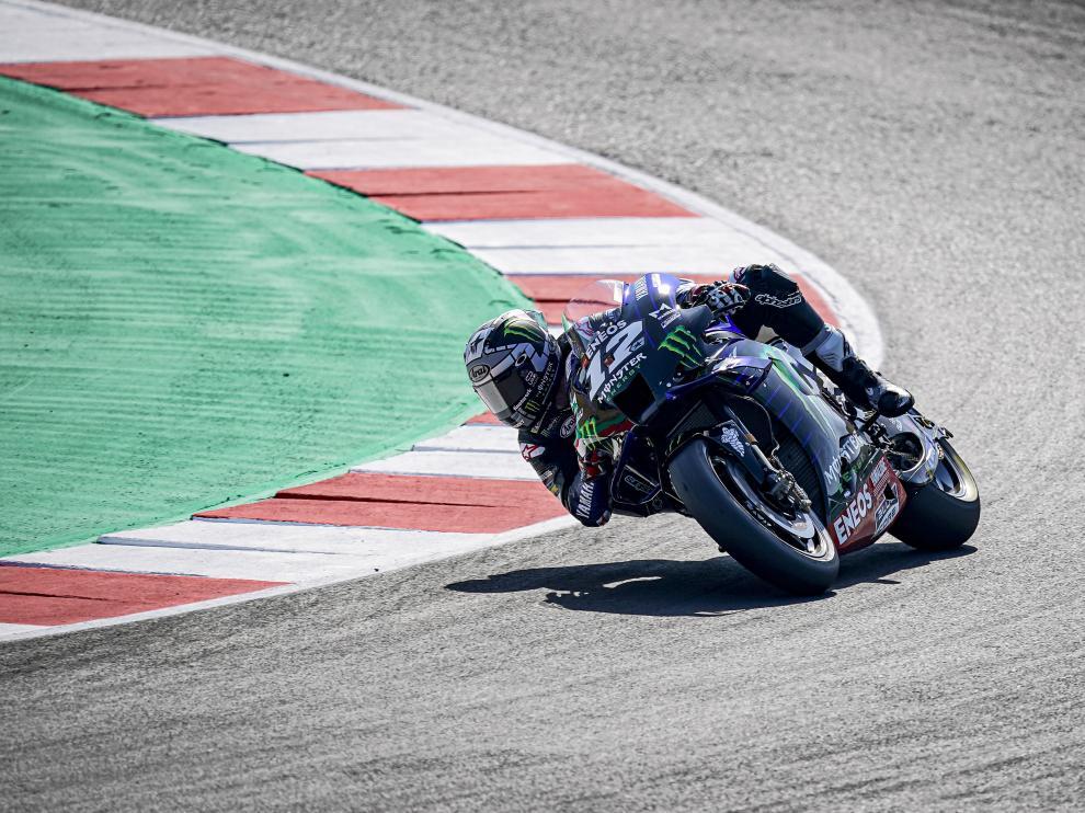 El español Maverick Viñales, en acción en la clasificación oficial del Gran Premio de San Marino