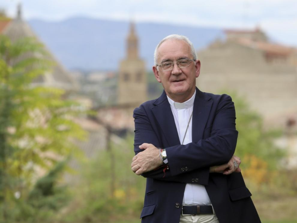 El obispo de Barbastro-Monzón, Ángel Pérez, tras conocer el fallo del Tribunal de Conflictos.
